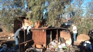 HomelessShack 20130906 tear down 1