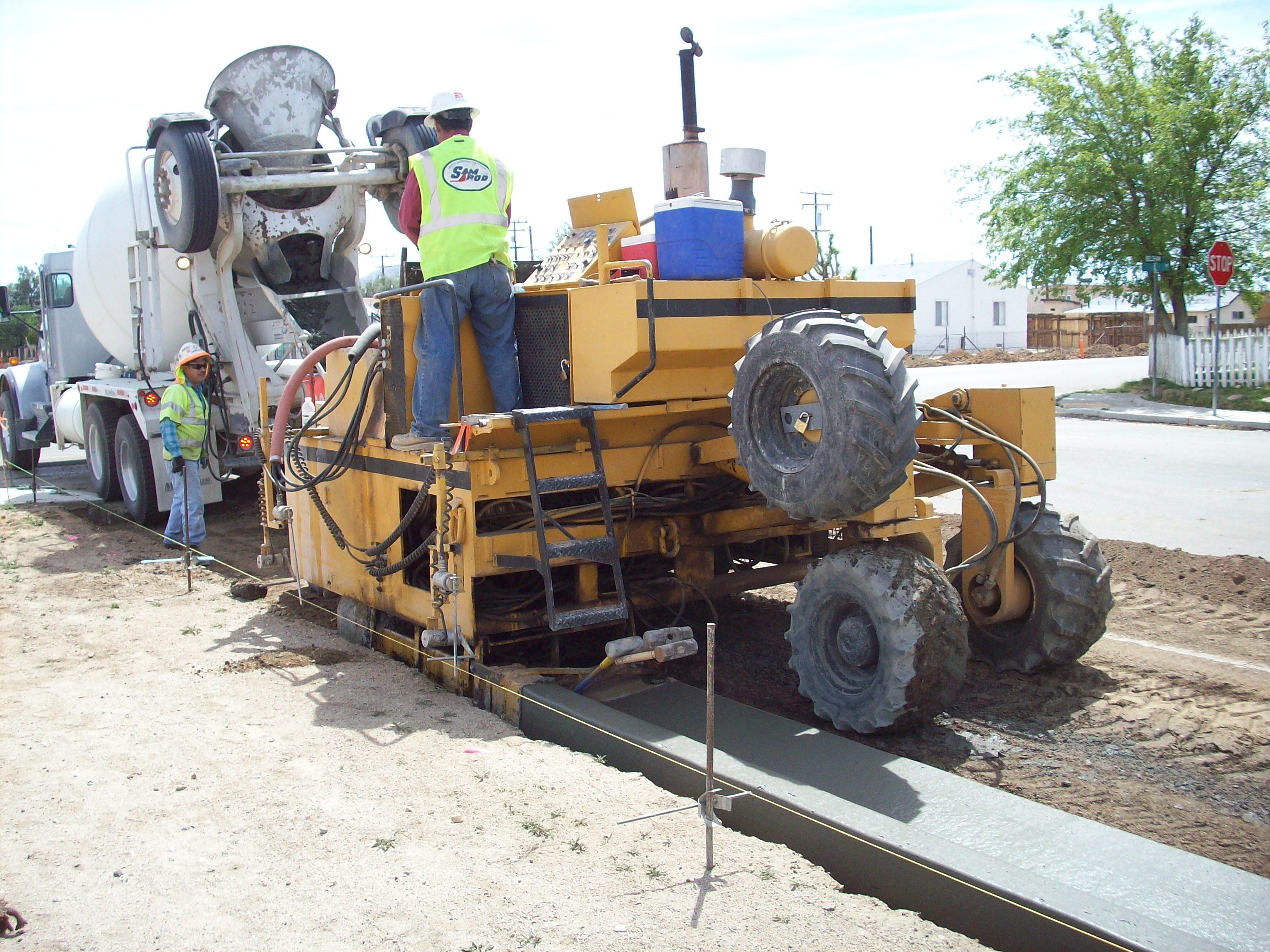 Curb Amp Gutter Begins In Mojave The Mojave Foundation
